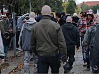 Ултраси готвят здраво мачкане на мигранти в София!