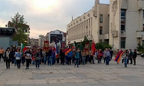 Арменци: Игнорирането ни от църквата започна от Пловдив
