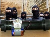 Скинхети хвърлят бомба в Айзенах