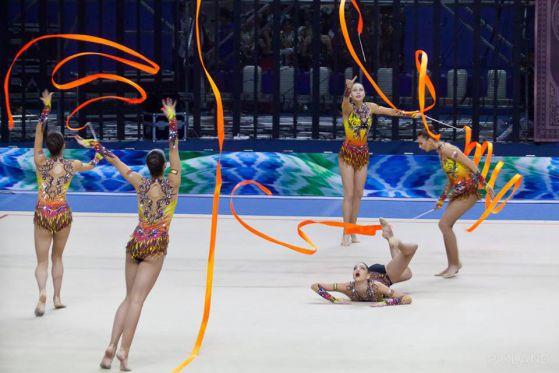 Злато и сребро за българските гимнастички на Световната купа