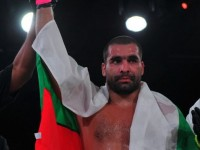 Багата е новият световен шампион по MMA (видео)