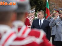 Половината българи не биха се сражавали за родинатаСтефан Пройнов