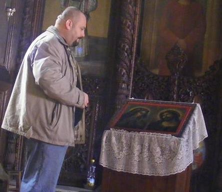 Стефан Пройнов: Кръстовден е! С коя ръка да се кръстя Господи?