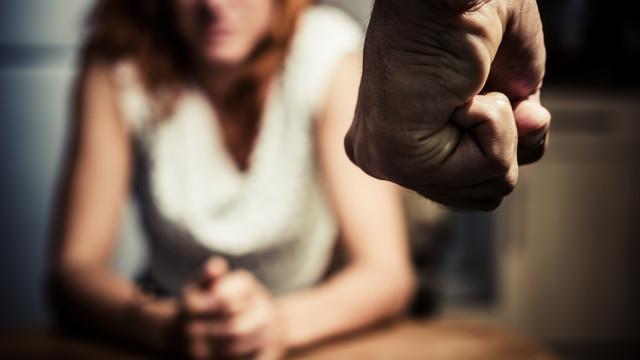 2432 жени смазани от бой само за година